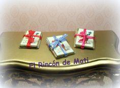 Postales San Valentín en paquete con lazo, escala 1/12 miniatura para casas de muñecas. de ElRincondeMati en Etsy