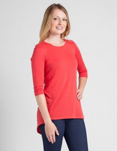 Deanna - Flaunt your style sense in this trendy featherweight tunic.