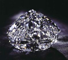 The Centenary diamond is a 273.85-carat, D-color diamond with a modified heart-shape. The unique feature of the stone is it's exceptional clarity, and the stone has been graded as internally flawless (IF). The dimensions of the diamond are 50.50 x 39.90 x 24.55 mm. It has a total of 247 facets, 164 on the crown and the pavilion, and 83 around the girdle. It is said to be the largest, faceted, D-color, flawless diamond in the world. It's the 3rd largest, faceted,  flawless diamond in the…