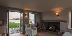 An exclusive compact holiday cottage rental near Castletownshend along the Wild Atlantic Way in West Cork. West Cork, Luxury Holidays, Beach Cottages, Renting A House, Ireland, Homes, Home Decor, Houses, Decoration Home