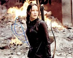 JENNIFER LAWRENCE - The Hunger Games: Mockingjay AUTOGRAPH Signed 8x10 Photo B @ niftywarehouse.com