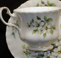 Royal Albert - Pacific Dogwood  EST 1970s to 1980