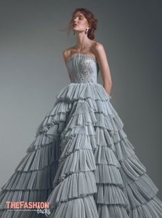haute couture dress couture couture dresses couture kleider couture rose couture rules Layers of dreaminess. Ball Dresses, Ball Gowns, Prom Dresses, Formal Dresses, Elegant Dresses, Pretty Dresses, Couture Mode, Couture Fashion, Fashion Goth
