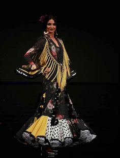 Simof 2017: el desfile de Carmen Latorre, en fotos Gypsy, Bohemian, Flamenco Dresses, Inspiration, Beauty, Fashion, Dancing, Style, Photos