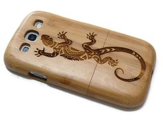 wooden Samsung Galaxy S3 case - wooden phoneS3 case walnut / cherry or bamboo - Lizard #Etsy #Share #EtsyShop Shared by #BaliTribalJewelry http://etsy.me/1sDZ302