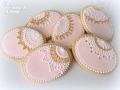 Lace Cookies, Royal Icing Cookies, Ginger Cookies, Sugar Cookies, Cookie Baskets, Cookie Time, Wedding Cookies, Easter Cookies, Cookie Decorating