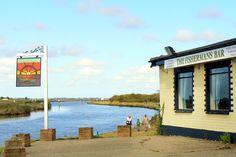 The Fisherman's Bar on the River Waveney at Burgh Castle - photo by www.tournorfolk.co.uk near Great Yarmouth Norfolk England #ShareTheGreatTimes BroadsNet - River Waveney - Herringfleet to Breydon Water