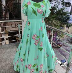 Lehenga Gown, Anarkali Dress, Long Frocks For Kids, Long Gown Design, Frock Models, Sleeves Designs For Dresses, Dress Designs, Blouse Designs, Simple Gowns