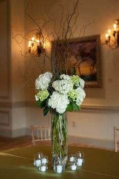 Hydrangea are a classic choice for wedding flowers. Traditionally these big blooms have been used to stunning effect in garlands, pede...