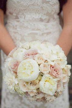 bridal bouquet...still looking Kim :)