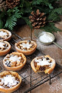 Sweet Apple and Cider Mince Pies with Cheddar Pastry | Veggie Desserts Blog These sweet cider mince pies are filled with cinnamon, spices and apples, with a cheddar crust. This recipe brings together the best of Somerset flavours: cider, apples and cheddar cheese. Perfect for a Christmas treat. #christmasfood #mincepies #christmasrecipe #cider
