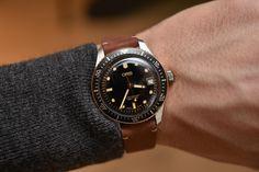 Cool Watches, Watches For Men, Men's Watches, Oris Aquis, Monochrome Watches, English Gentleman, Nato Strap, Bronze Ring, Vintage Rolex