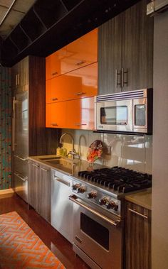Kitchen Stories Bold Color Compliments A Contemporary Design Design By Nicole Pilon Of Ksi