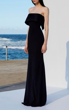 Get inspired and discover Alex Perry trunkshow! Shop the latest Alex Perry collection at Moda Operandi. Stylish Dresses, Elegant Dresses, Pretty Dresses, Fashion Dresses, Ball Dresses, Prom Dresses, Vetement Fashion, Style Classique, Luxury Dress