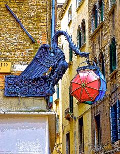 Umbrella Shop Sign, Venice by M-M-R, via 500px, over Max Mara Shop at San Bartolomeo