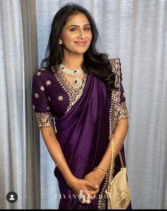 Cotton Saree Designs, Saree Blouse Neck Designs, Fancy Blouse Designs, Lehenga Designs, Grey Evening Dresses, Stylish Blouse Design, Stylish Sarees, Dress Indian Style, Elegant Saree