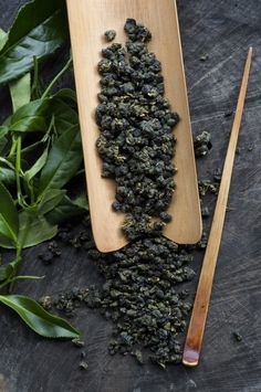 Dai Yun Tea (lightly baked oolong), Ruifeng, Alishan, Taiwan.