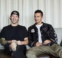 Very much in love with this picture of them ♡ #twentyonepilots