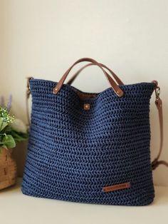 Crochet Crafts, Crochet Yarn, Crochet Hooks, Crochet Projects, Japanese Bag, Tote Bags Handmade, Crochet Handbags, Easy Crochet Patterns, Knitted Bags