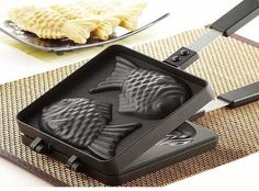 Double Fish shape Stove Top Hot Pocket, Pie, Snack Maker