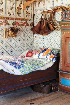 Home creative >> Love this space, such beautiful bedding via Anthropologie