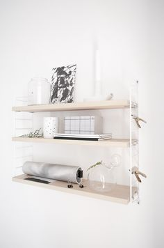 facing north with gracia: Our Home Scandinavian Shelves, Design Scandinavian, Scandinavian Style Home, Estilo Interior, Interior Styling, Interior Decorating, Interior Design, String Pocket, Find Furniture