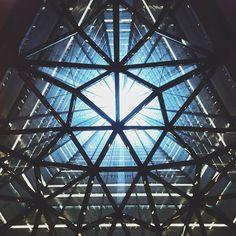 Sumitomo building  #building #urban #wellhole #skyscraper #cityscape #風景 #景色 by chikaraudon