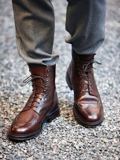 Full brogue boots
