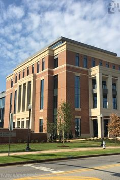 Auburn University Graduate School of Business - Auburn, AL - 1mm Zinc panels - Color Quartz