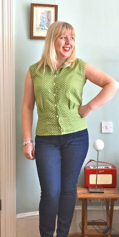 Handmade Jane made this gorgeous blouse in double gauze from a Simplicity pattern from 1953 for #vintagepledge. Check out the post to see the fun reverse side to the polka dots!