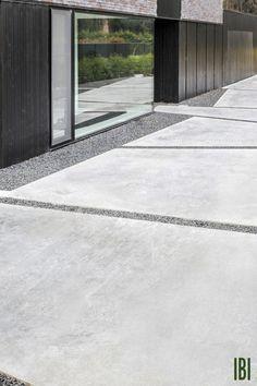 Poured Concrete Patio, Concrete Backyard, Concrete Patio Designs, Outdoor Patio Designs, Cement Patio, Patio Wall, Concrete Staining, Concrete Forms, Stamped Concrete