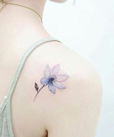 Best Flower Tattoos on Shoulder for Classy Girls
