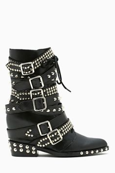 I NEED THESE SO BADLY, but I spent way to much on shoes lately. Errr