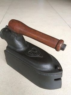 Antique Iron, Vintage Iron, Vintage Laundry, Iron Board, Iron Gates, Clothes Line, Small Appliances, Flat Iron, Belle Epoque