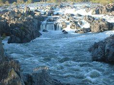 The falls at Great Falls Park.