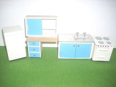 Lundby of Sweden Blue and White Kitchen Furniture b3765c744f558