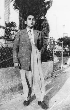 Mexican American in zoot suit [graphic]Manuel Ybarra