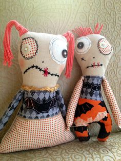 His & Her Zombies. Tutorial and patterns. AudreyPettitThermOWebBlendZombies3