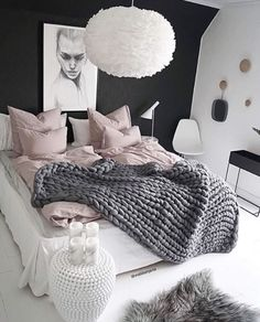 Stunning 46 Modern and Stylist Scandinavian Bedroom Decor https://homadein.com/2017/06/16/46-modern-stylist-scandinavian-bedroom-decor/