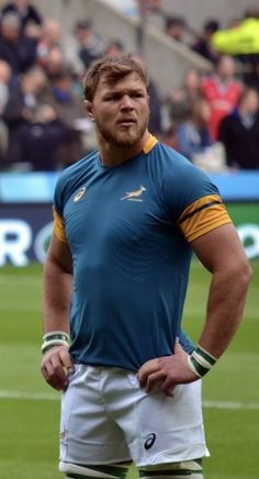 Duane Vermeulen, South African Rugby, Hot Rugby Players, Low Fade Haircut, Sports Mix, Rugby Men, Rugby League, Good Looking Men, Bearded Men