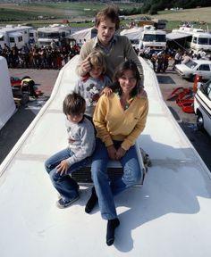 ( 2016 † IN MEMORY OF ) - † Gilles Villeneuve - Wednesday, January 18,1950 à l'hôpital de Saint-Jean-sur-Richelieu, Québec, Canada. Died; Saturday, May 08,1982. (aged of 32) Leuven, Belgium. >The Family Villeneuve.