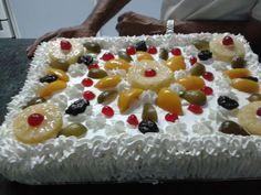 Frutas com chantilly
