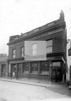 The Experianced Fowler Pub 1930 London Pubs, Old London, East End London, Public, Street View, Houses, Fair Lady, Homes, House