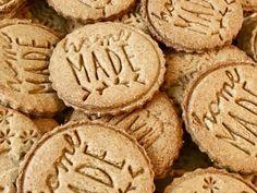 Celozrnné špaldové sušienky so škoricou - Vegan Lady Healthy Cooking, Healthy Recipes, Healthy Food, Xmas, Christmas, Crackers, Muffins, Oatmeal, Food And Drink