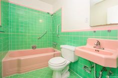 Vintage Bathrooms, Vintage Colors, Corner Bathtub, San Francisco, Sink, Hunting, Aesthetics, House, Colorful