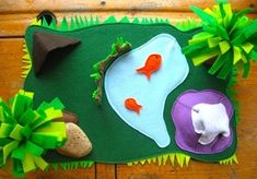Felt Jungle Play Mat - Things to Make and Do, Crafts and Activities for Kids - The Crafty Crow