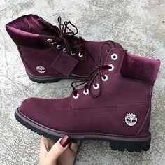 7fe2e8b1e9 Quand les Timberland s'habillent de bordeaux, mon cœur chavire ♥ ♥ Boots  Timberland Premium bordeaux, dispo sur RunBabyRun // Click to Shop.