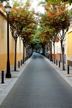 Calle Francisco Cano, Los Boliches. Fuengirola. Places Ive Been, Places To Visit, What A Wonderful World, Andalucia, Wonders Of The World, Sidewalk, Explore, Awesome, Travelling