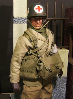 """1 6 Scale WWII US Army Medic """"Doc Peterson"""" Custom Action Figure by Dragon   eBay"""