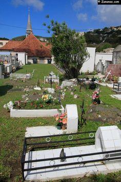 Cimetière de l'église Notre Dame de l'Assomption à Case Pilote - #Martinique.